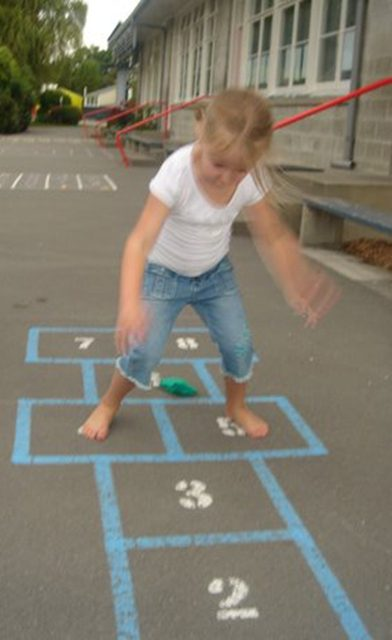VISION THERAPY – HOPSCOTCH – LEARNING